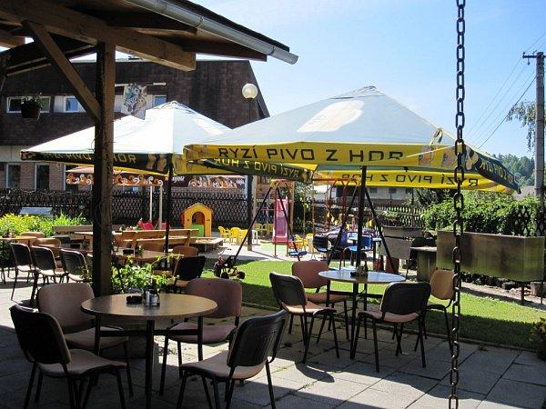 Kavárna vZátiší, Nový Malín