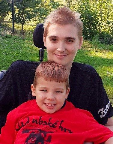 Zdeněk Pícl s mladším bratrem