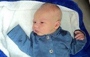 Adam Žemlička, Olomouc, narozen 3. září ve Šternberku, míra 51 cm, váha 3850 g