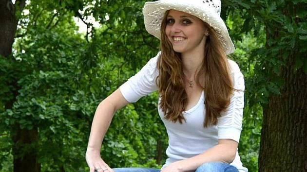 č. 10 Monika Schindlerová, 18 let, studentka, Uničov