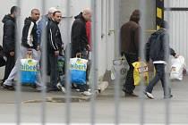Propouštění amnestovaných z věznice. Ilustrační foto