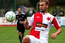 HFK Olomouc (v černém) v poháru proti Slavii Praha