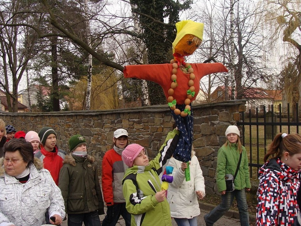 Vynášení zimy v Lipníku nad Bečvou, březen 2010