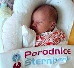 Michaela Macháčková, Přáslavice, narozena 24. února ve Šternberku, míra 47 cm, váha 2590 g