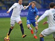 Petr Ševčík (v modrém)
