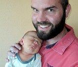 Filip Brada, Mostkov, narozen 3. března ve Šternberku, míra 52 cm, váha 4210 g