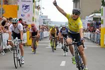 Leopold König v cíli Czech Cycling Tour. Ilustrační foto