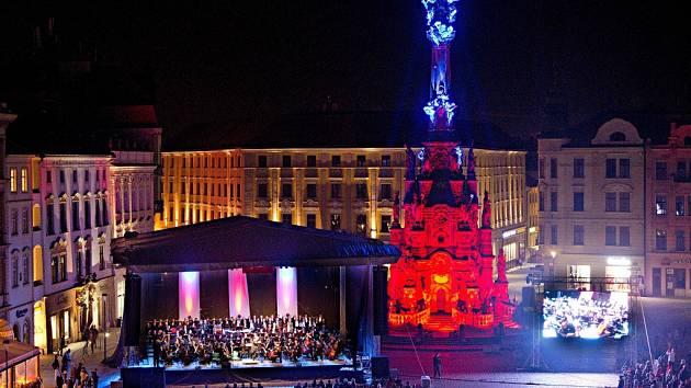 Zahájení Dnů evropského dědictví koncertem Moravské filharmonie na Horním náměstí v Olomouci.