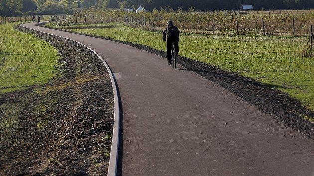 Cyklostezka spojující Holici a Nový Svět