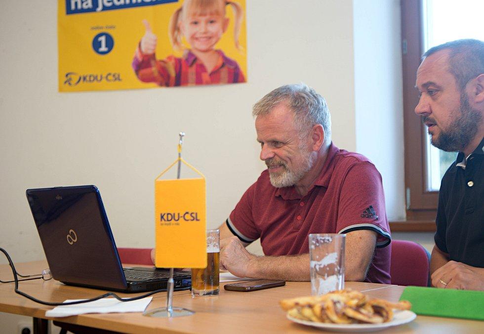 Volební štáb KDU-ČSL v Olomouci - lídr Ladislav Šnevajs