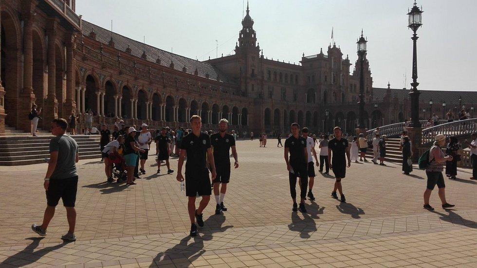 Fotbalisté Sigmy Olomouc na prohlídce Sevilly