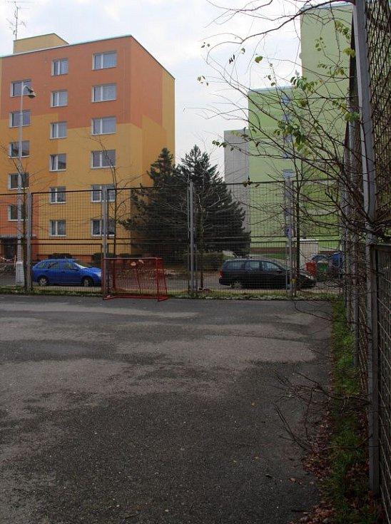 Hřiště ve Werichově ulici na olomouckém sídlišti Nové Sady