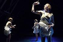 Festival Divadelní Flora 2012 zahájil premiérový titul tanečníků z Česka, Polska a Slovenska – POWER POWER DANCE