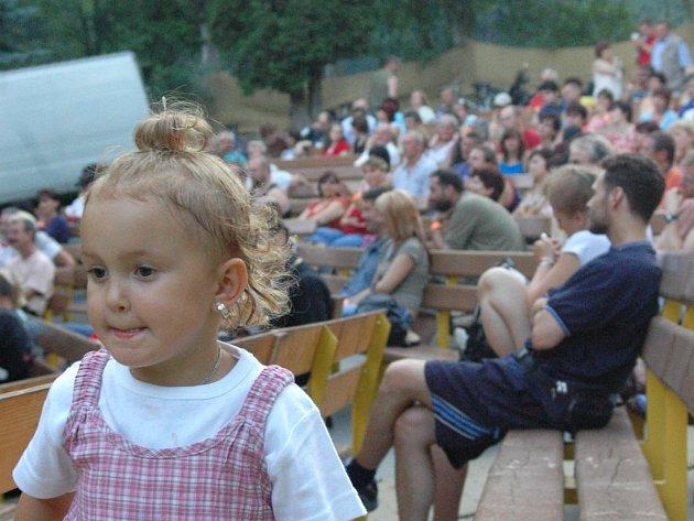 Festival Folk na letním v Hlubočkách