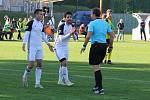 Nové Sady (ve žlutém) prohráli v olomouckém divizním derby s 1. HFK Olomouc doma 3:4.