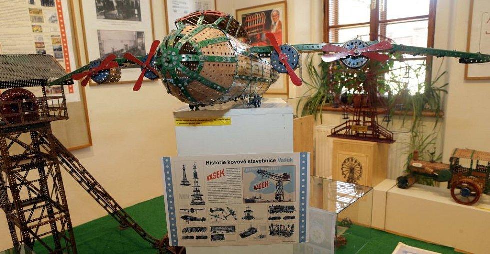 Výstava věnovaná legendární stavebnici Merkur v litovelském muzeu