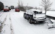 Jedny z nehod na R35 ve směru Olomouc - Lipník