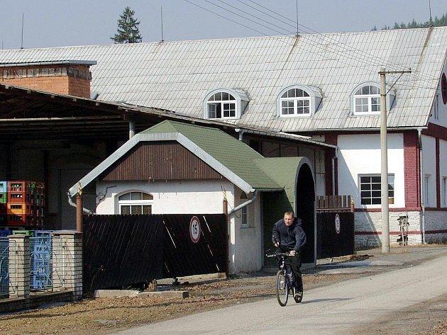 Budova stáčírny mineralních vod Salicie v Domašově nad Bystřicí.