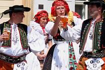 Festival Hanácké Benátky v Litovli. Folklorní soubor Hanačka
