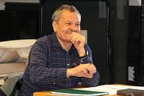 Miroslav Krobot režíruje v Moravském divadle Olomouc Zánik samoty Berhof. 11. října 2021