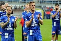 Fotbalisté Sigmy se loučí s fanoušky po posledním zápase sezony