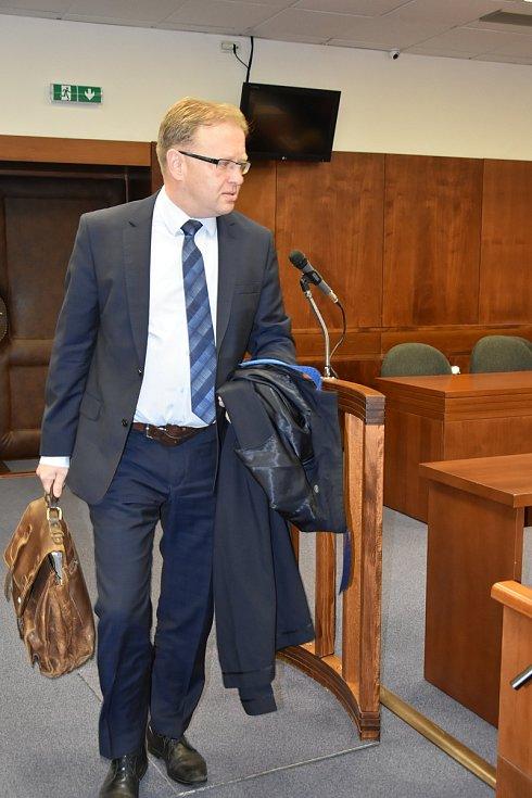 Metanolová kauza u Vrchního soudu v Olomouci 14. března 2019. Rozsudek si osobně nevyslechl ani jeden ze šestice obžalovaných. Přišli pouze jejich obhájci