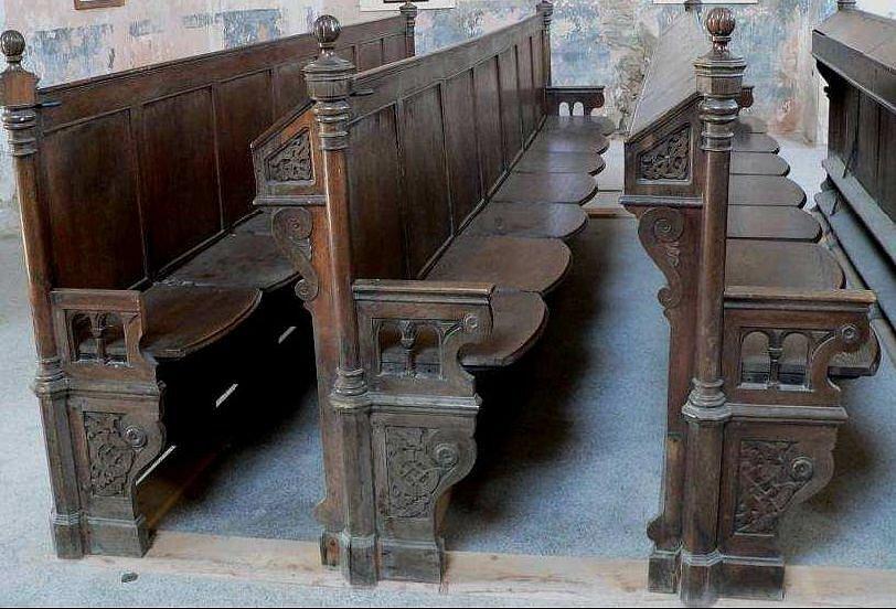 Lavice z olomoucké synagogy