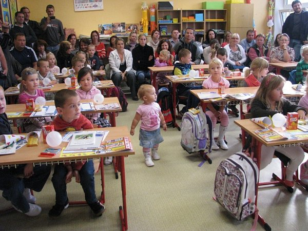 Do 1.třídy Základní školy vTěšeticích nastoupilo 20prvňáčků