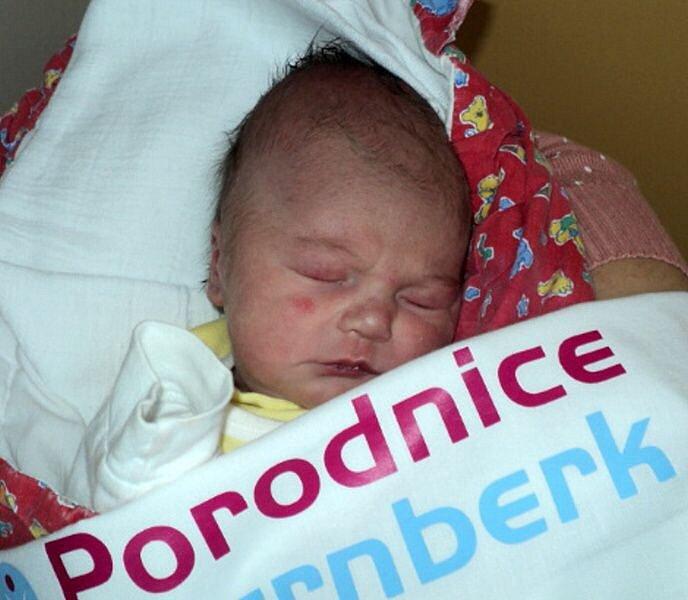 Elen Rašková, Dlouhá Loučka, narozena 5. prosince ve Šternberku, míra 50 cm, váha 3120 g
