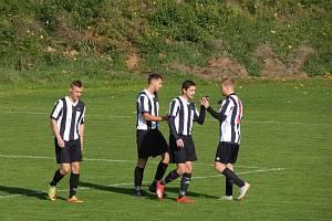 Fotbalisté Sigmy Hodolany během vítězného zápasu proti Drahanovicím (8:0).