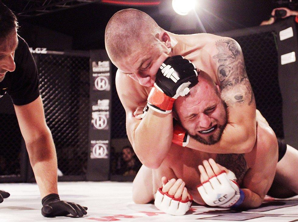 Olomoucký galavečer bojových sportů Cage Fight Olomouc 5