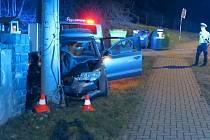 Nehoda opilého řidiče superbu v Samotiškách, 23. ledna 2021