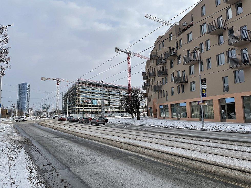 Výstavba na třídách Kosmonautů a 17. listopadu v Olomouci, únor 2021