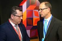Vztahy ministra kultury Antonína Staňka (vlevo) a ředitele Muzea umění Olomouc Michala Soukupa (vpravo) se vyostřily