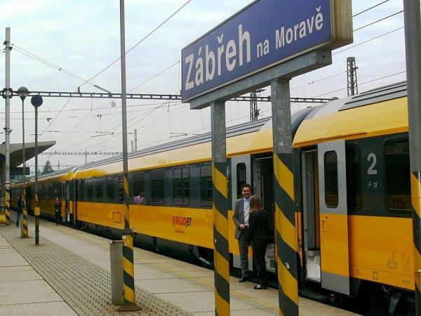 Vlak společnosti RegioJet vZábřehu. Ilustrační foto