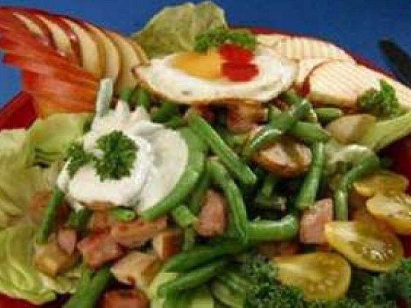 Salát sopečenými bramborami