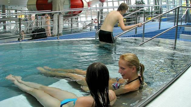Plavecký bazén - Ilustrační foto