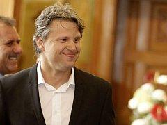 Majitel klubu a asistent kouče Jan Tomajko. Vedení města ocenila podařenou sezonu hokejistů HC Olomouc