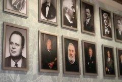 Olomoucká radnice nabízí novou výstavu. Představuje starosty, předsedy a primátory města od roku 1850.