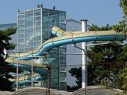 Tobogánová věž na olomouckém krytém bazéně