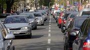 """Každodenní """"dopravní masakr"""" zažívají v posledních dnech řidiči na třídě 17.listopadu v Olomouci"""