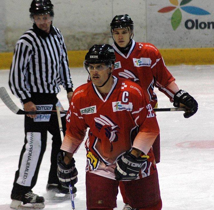 Olomoučtí hokejistíé porazili Litoměřice 2:0.