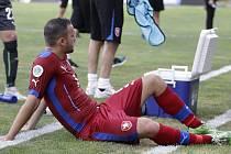 Regions Cup v Istanbulu: tým amatérské fotbalové reprezentace z Olomouckého kraje (v červeném) podlehl regionu Jižního Ruska 1:2