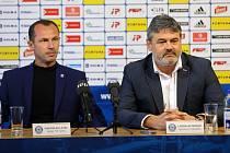 Trenér Radoslav Látal a sportovní manažer Sigmy Ladisalav Minář