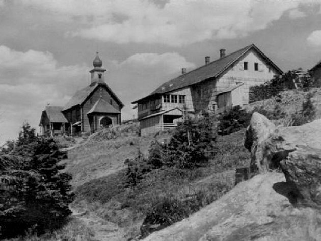 Snímek Vřesové studánky patrně zdoby roku 1933.