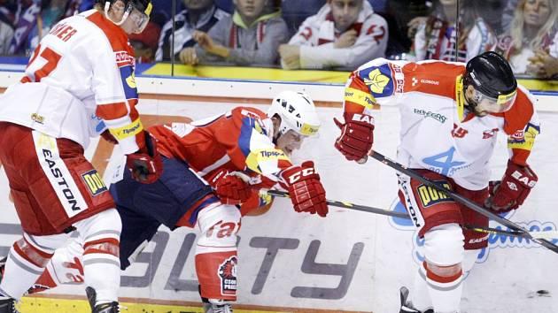 Pardubice (v červeném) proti Olomouci