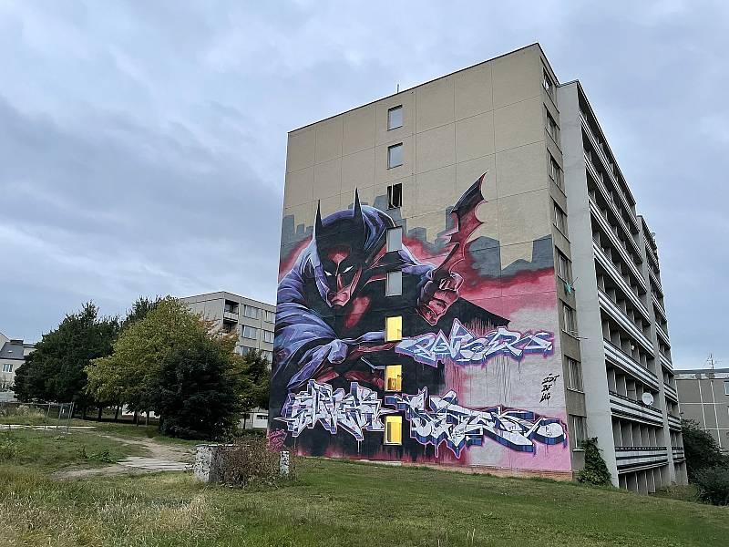 Batman, autoři Slider, Soten, Pauser.Street. Areál FN Olomouc. Street art v Olomouci