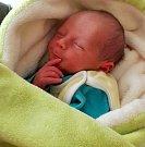 Matěj Němeček, narozen 18. března ve Šternberku, míra 49 cm, váha 2790 g