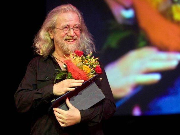 Jaroslav Hutka převzal Cenu Olomouckého kraje za celoživotní přínos v oblasti kultury