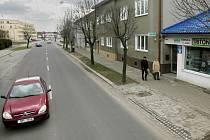 Lazecká ulice v místě, kde měla stát nová zastávka MHD